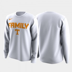 Tennessee Vols Men T-Shirt White March Madness Legend Basketball Long Sleeve Family on Court NCAA 575293-485